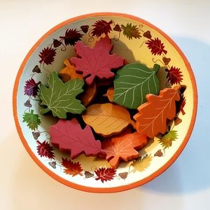 Other - 🍂🍁 Fall Wooden Bowl/Fall Leaves